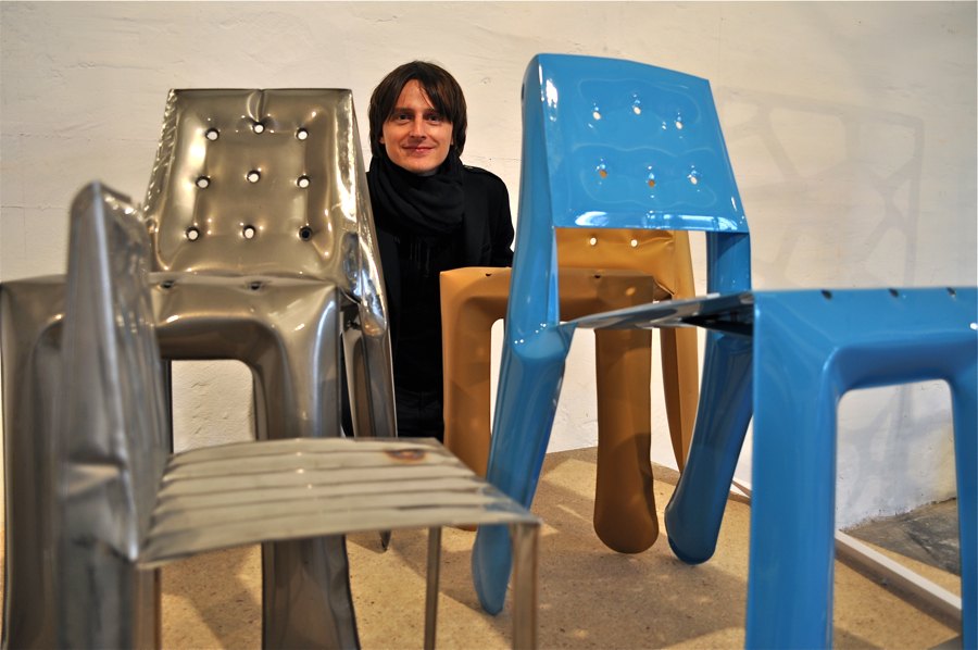 - Interesuje nas przedstawienie przejścia z formy 2D do 3D - tłumaczy Oskar Zięta. fot. Wojciech Trzcionka