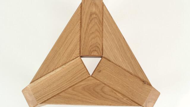 Biodegradowalny stołek Trio