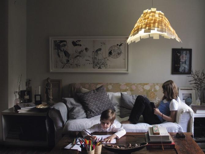 Lampa Amadrillo przypomina pancernika. fot. Materiały prasowe