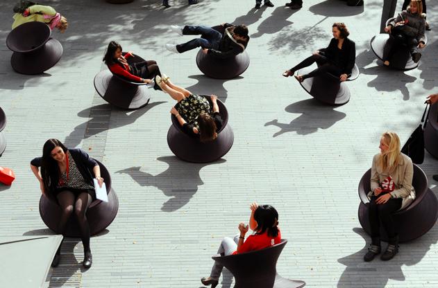 Spun chair miał swoją premierę w Mediolanie, oglądała go też publiczność festiwalu w Londynie. fot. ARC