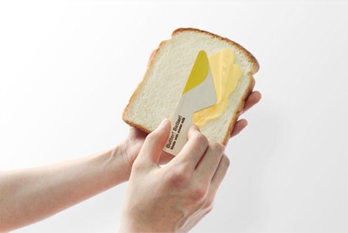 Nóż przylega do opakowania, i służy rozsmakowywaniu porcji masła. fot. ARC