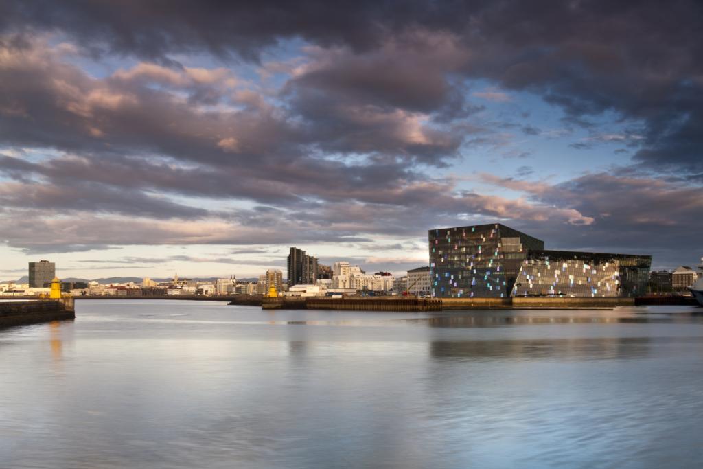 Harpa - Reykjavik Concert Hall & Conference Centre. fot. Nic Lehoux
