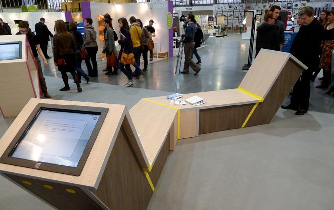 Terminale informacyjne powstały z myślą o miejscach publicznych. fot. Wojciech Trzcionka