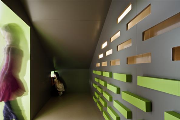 Przedszkole stworzyli architekci z grupy Feld72, która specjalizuje się w tego typu projektach. fot. Hertha Hurnaus