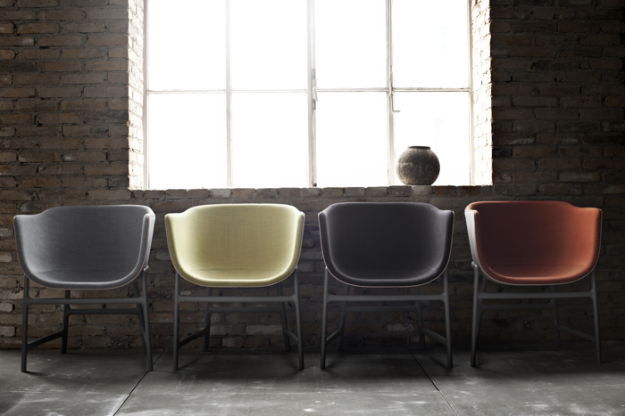 Wewnętrzna powłoka fotela jest tapicerowana w różnych kolorach. fot. Materiały prasowe