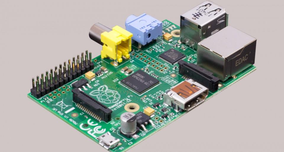 Raspberry Pi (kategoria Nauka i Zabawa) - komputer za 25 dolarów. fot. Materiały prasowe