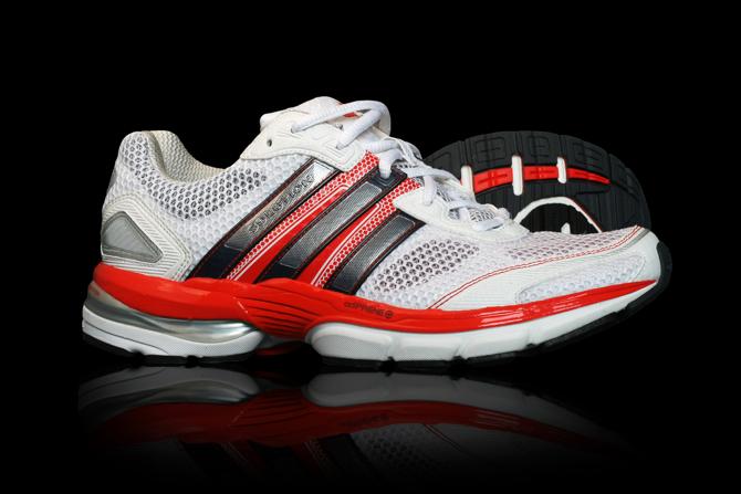 Adidas adiSTAR Solution. fot. Materiały prasowe