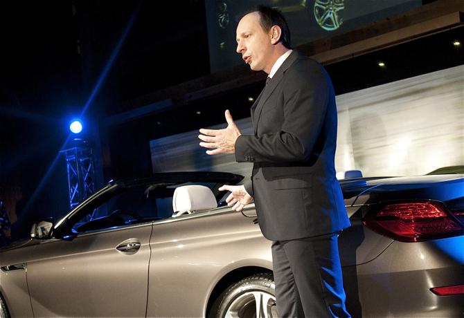 Jacek Frohlich podczas prezentacji jednego z modeli BMW. fot. Łukasz Widziszowski