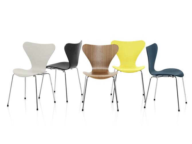 Krzesła są dostępne w różnych wariantach kolorystycznych. fot. Materiały prasowe