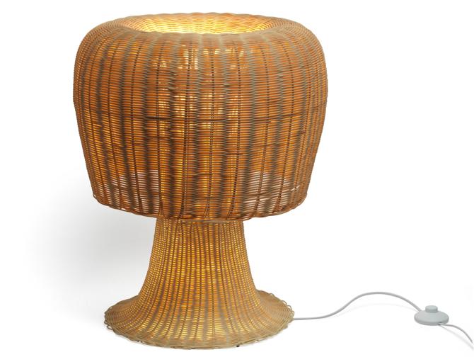 Lampę Amanita zaprojektowali bracia Humberto i Fernando Campana. fot. Materiały prasowe