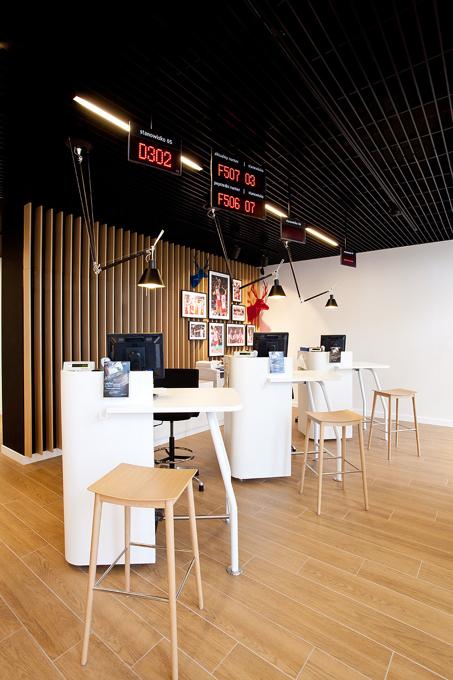 Projekt obejmował zarówno aranżację przestrzeni jak i  zaprojektowanie wyposażenia. fot. Maciej Frydrysiak