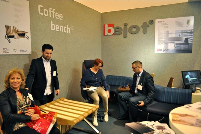 Swoje stoiska miały też polskie firmy Bejot oraz Beyond Standards. fot. Wojciech Trzcionka