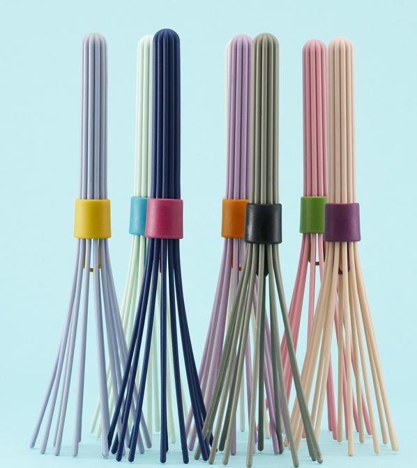 Trzepaczki powstały w różnych kolorach. Materiały prasowe