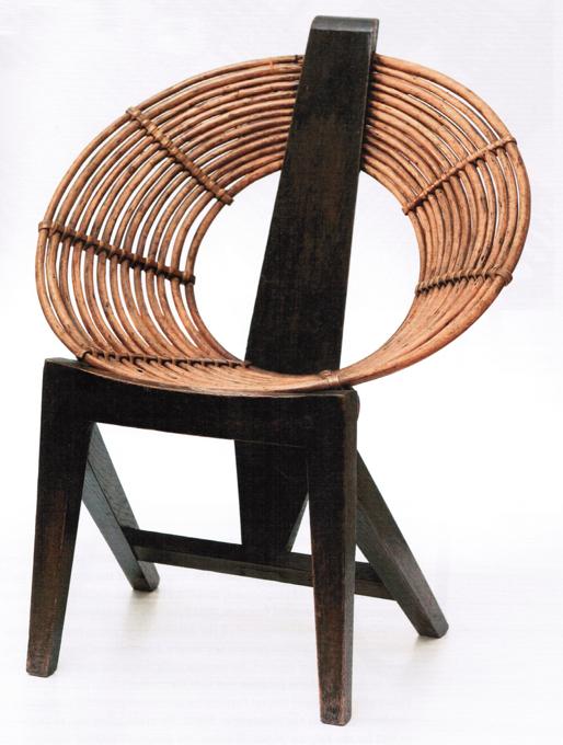 Dziecięce krzesło O z lat 50. fot. Out of the Ordinary