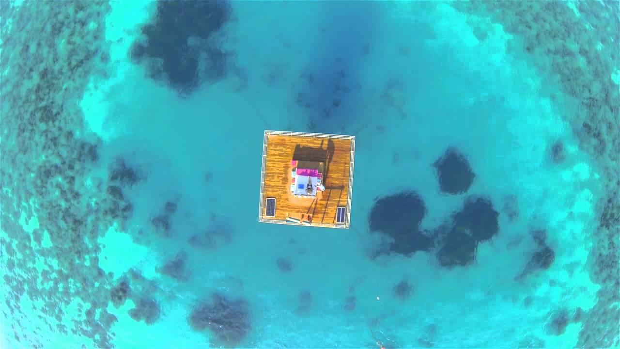Podwodny hotel (wideo)