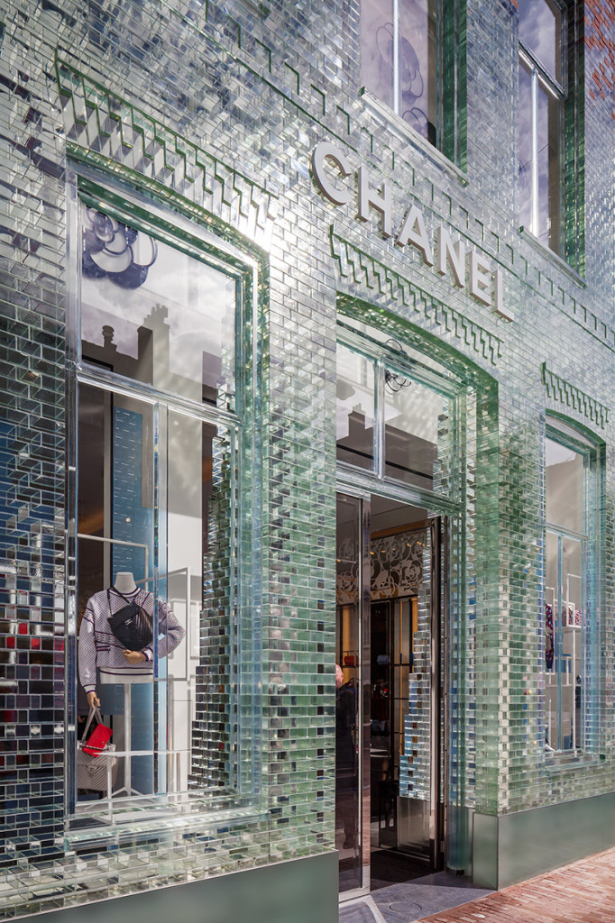 MVRDV-crystal-houses-amsterdam-chanel-flagship-store-glass_designalivemag - 2