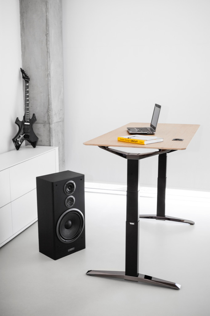 VANK-MOVE-stol-z-regulacja-wysokosci-biuro (2)