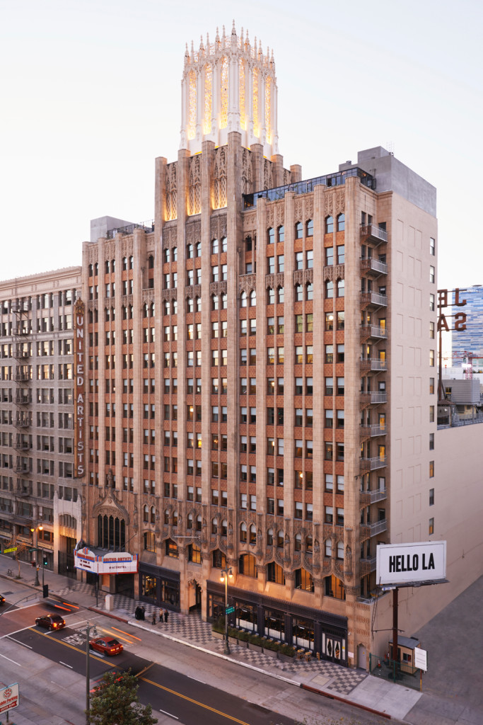 ace-dtla_exterior-hello-la_spencer-lowell