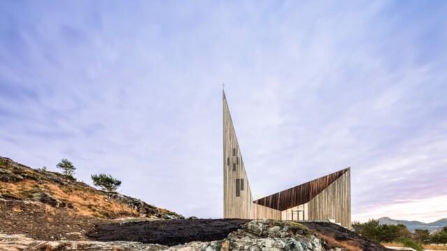 Kościół w Knarvik. Takie świątynie nam się marzą