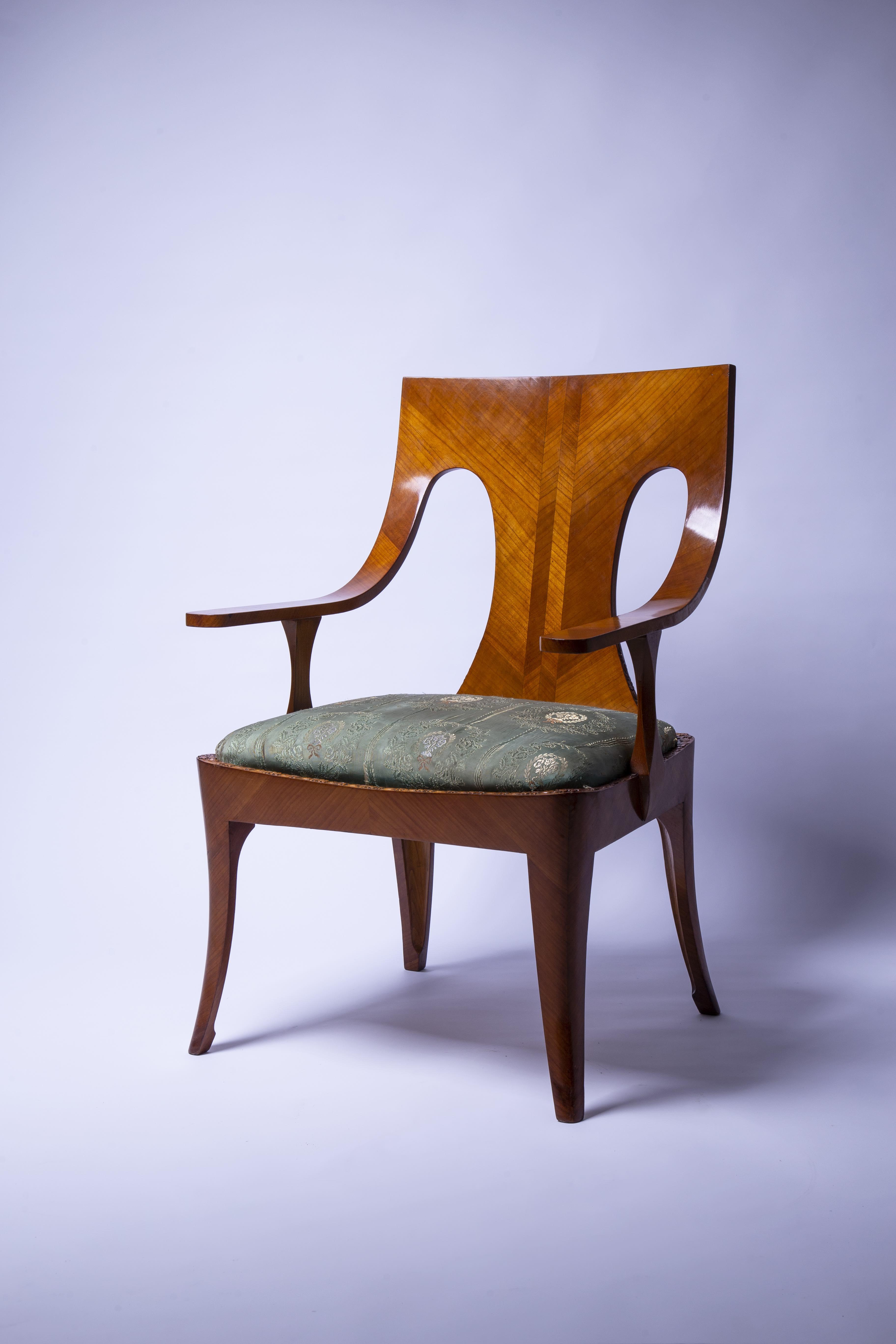 Krzesło autorstwa Jana Bogusławskiego.