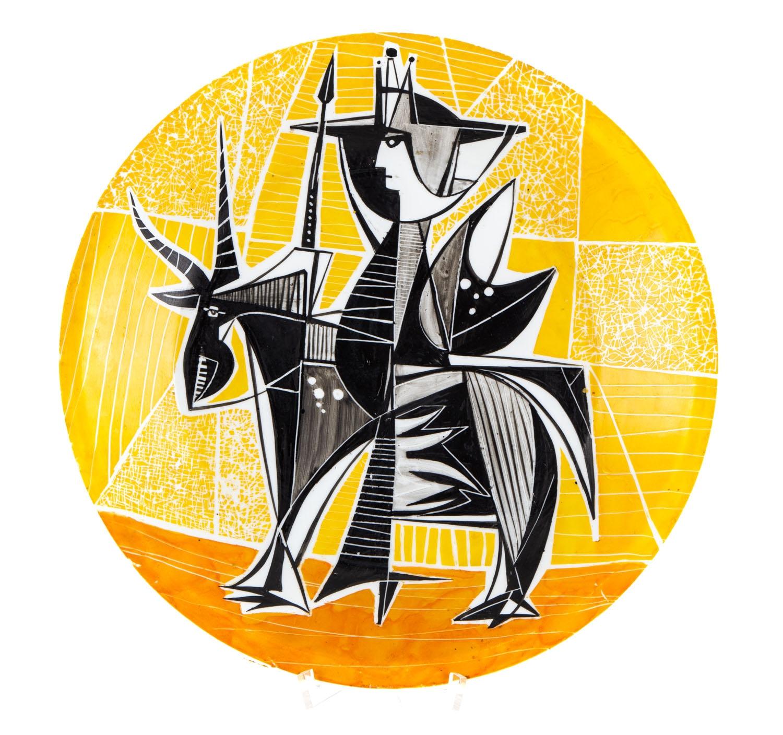 Wiesław Sawczuk (1933-1999) lata 60. Patera dekoracyjna porcelana malowana, 4 x 32 x 32 cm. Cena wylicytowana:  6 000 zł.