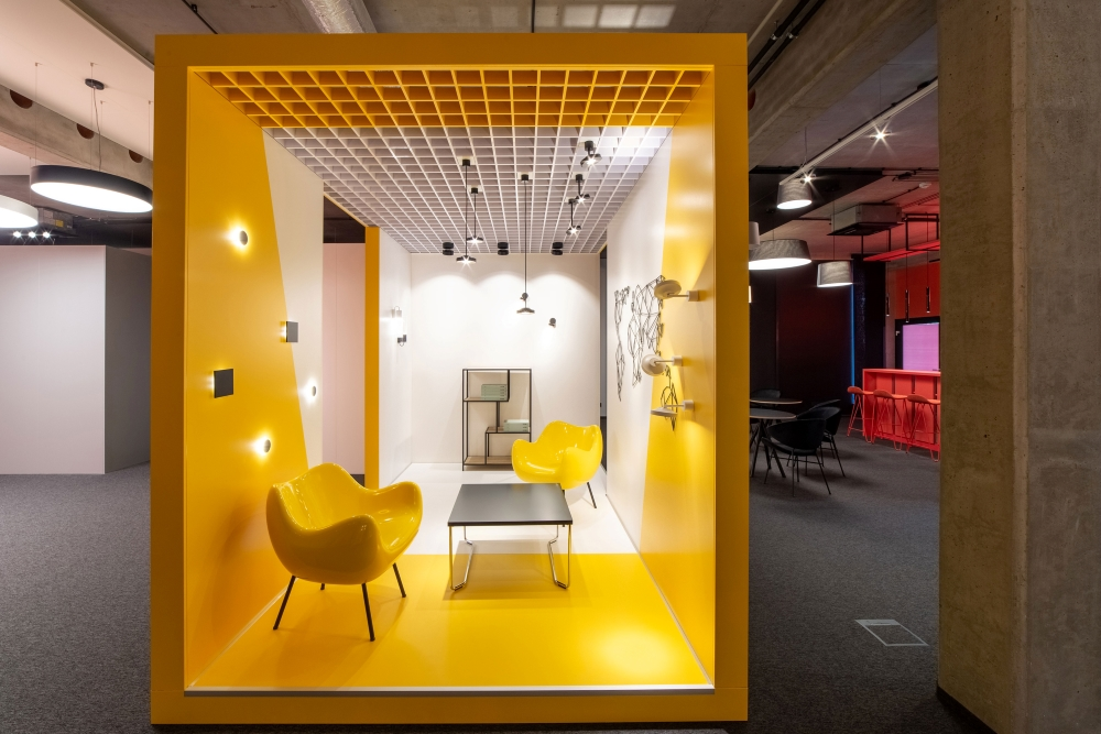 aqform_showroom_designalive_01