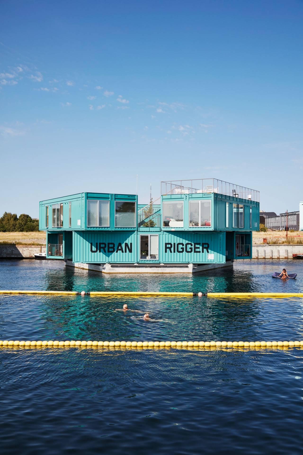 bjarke_ingels_houseboat_foto_pernille_loof_and_thomas_loof_designalive-1