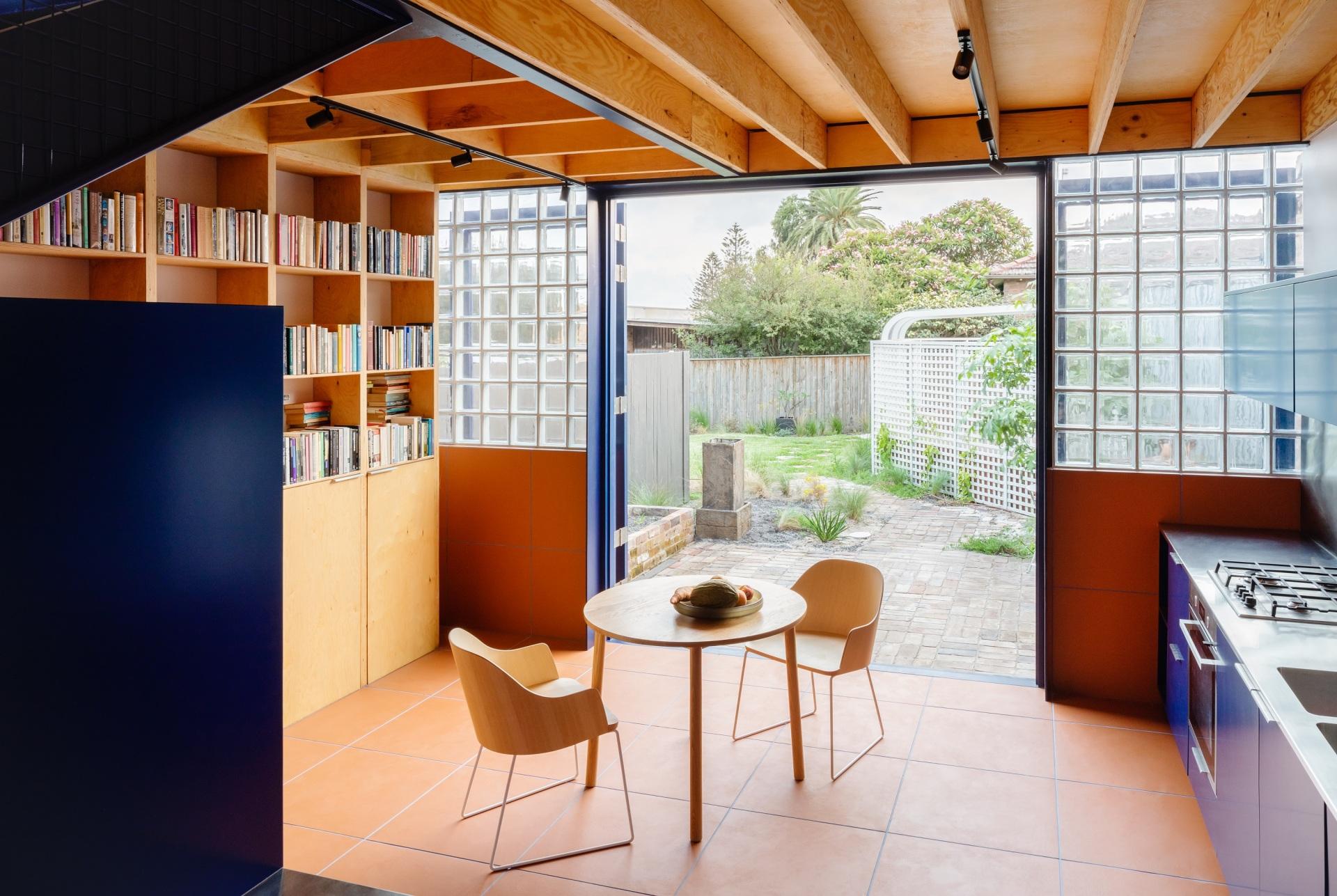 glassbook_house_designalive-10