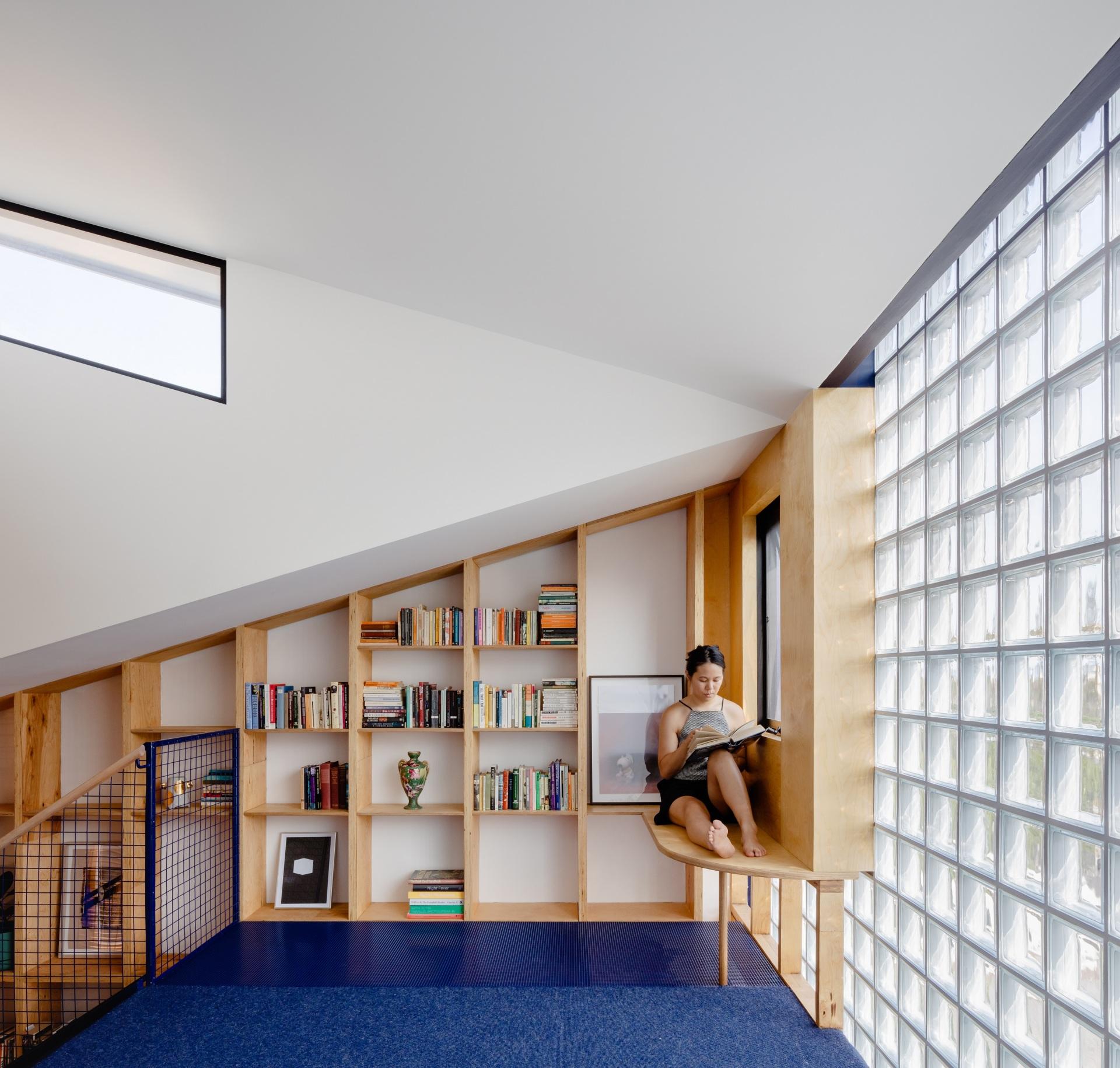 glassbook_house_designalive-3