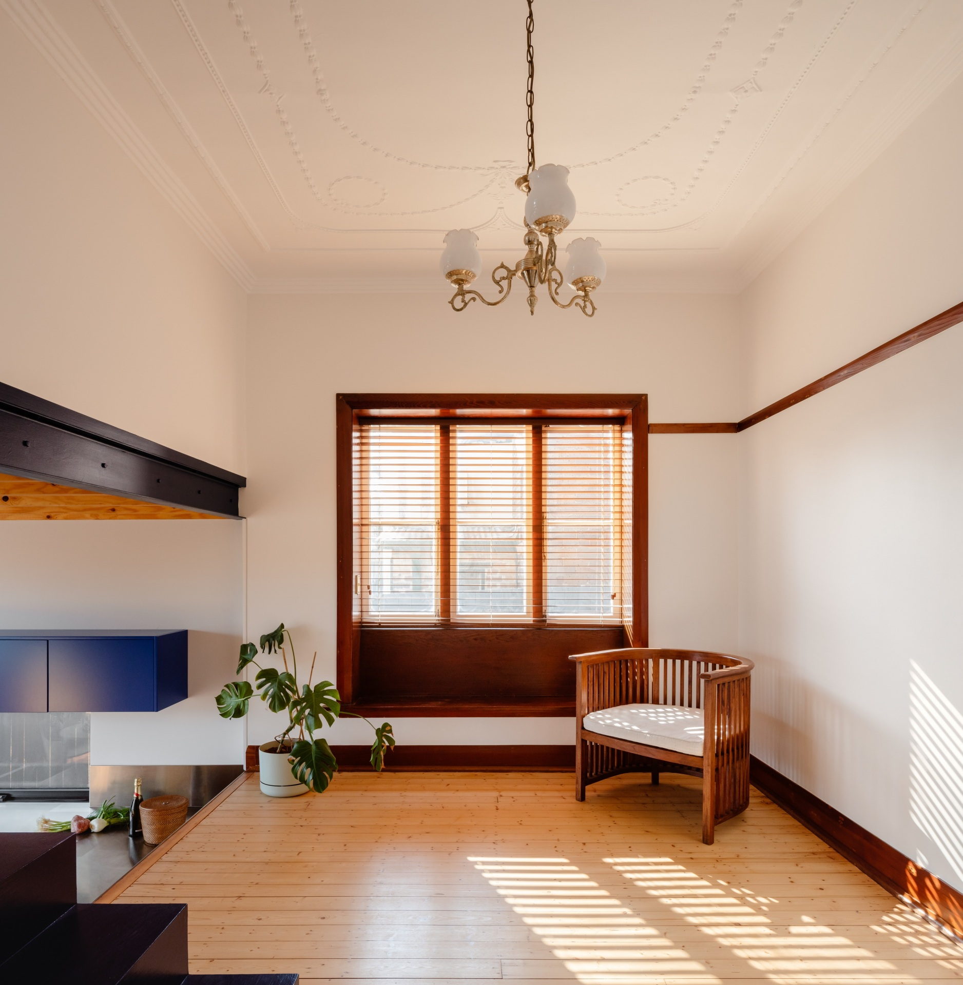 glassbook_house_designalive-5