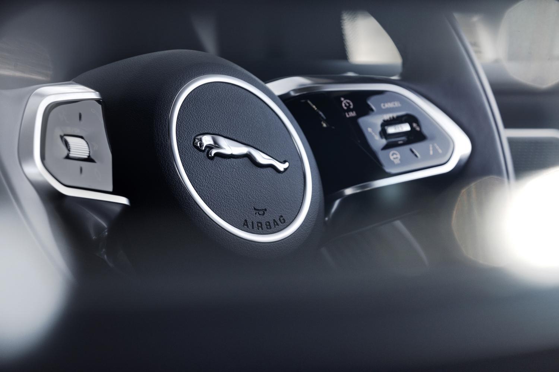Jaguar-I‑Pace-designalive-3