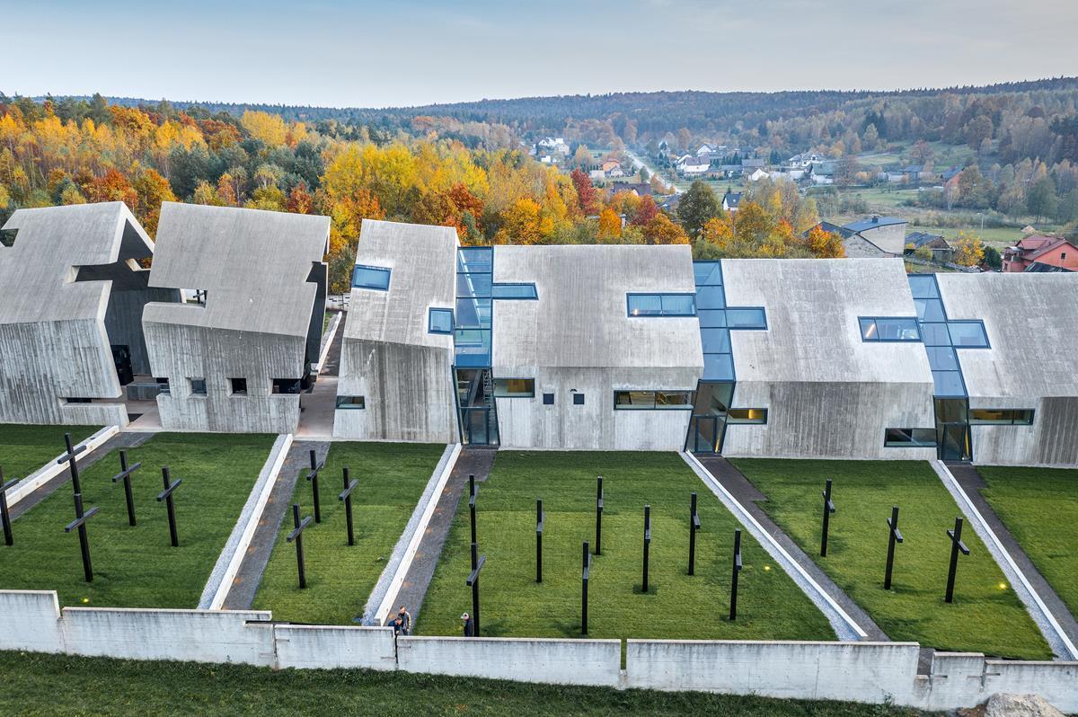 Nizio-Design_Mausoleum_fot-Marcin-Czechowicz_designalive-2