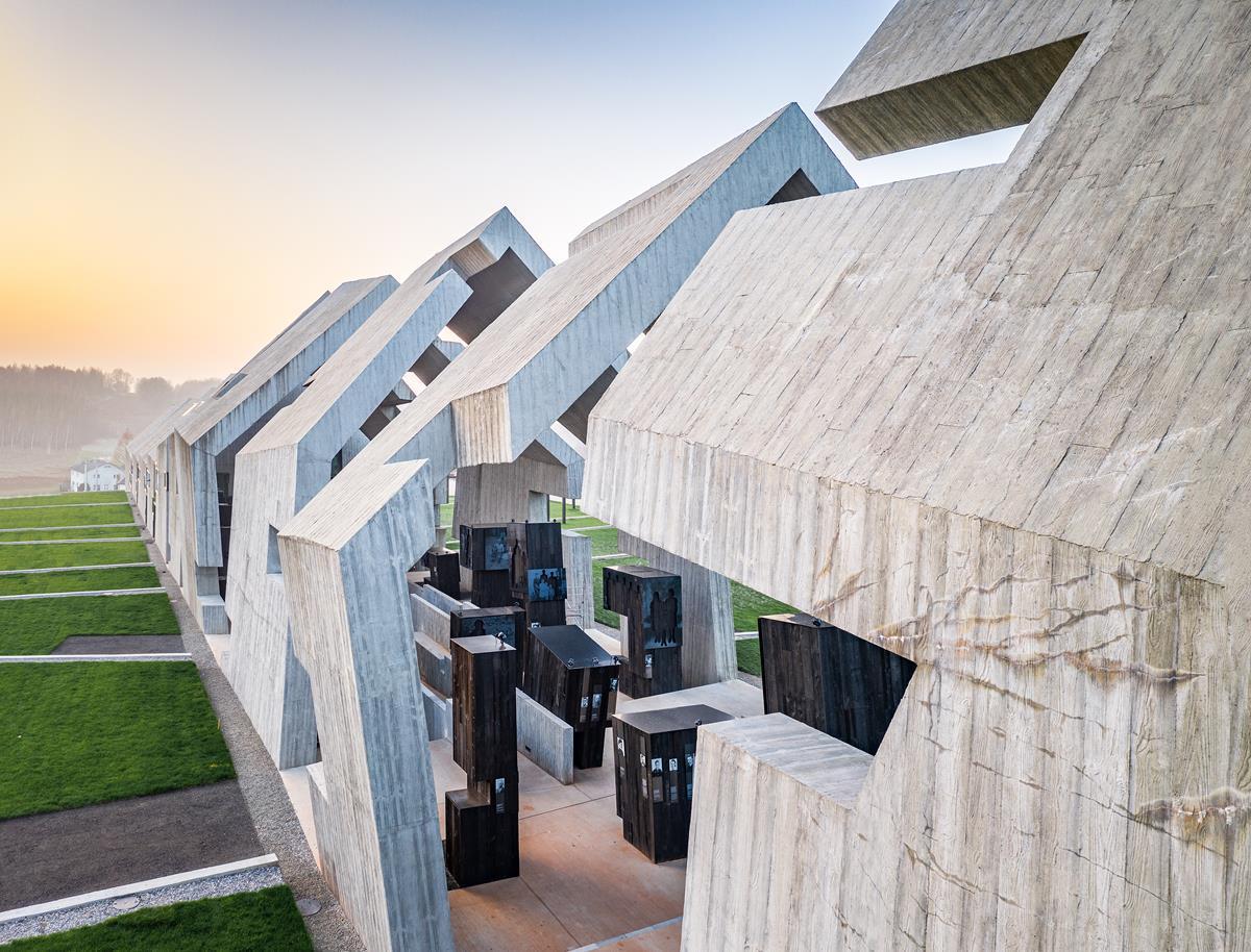 Nizio-Design_Mausoleum_fot-Marcin-Czechowicz_designalive-9