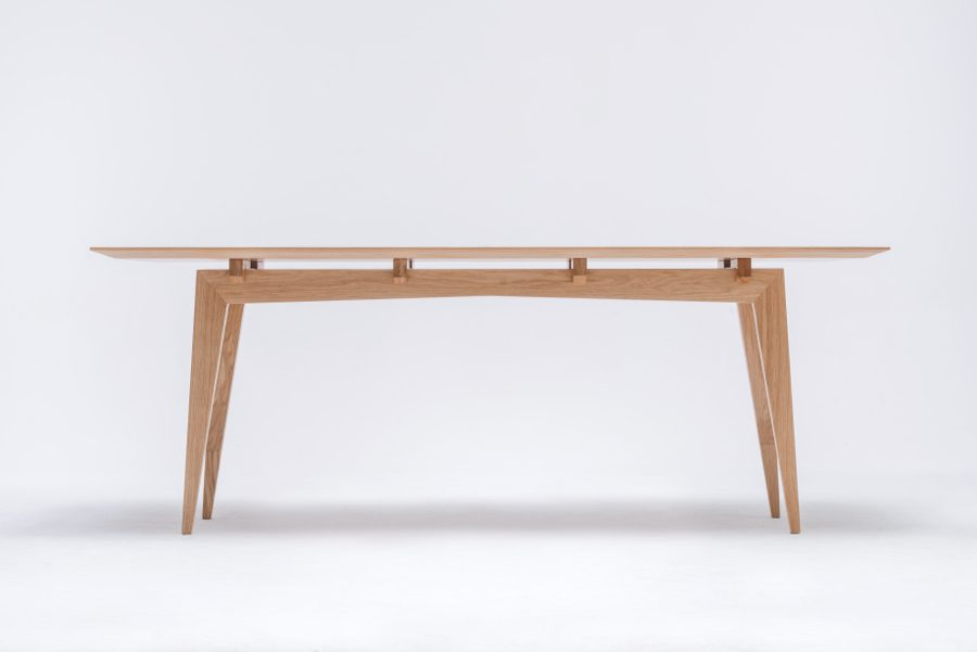tamaza-oak-table-swallows-tail-furniture-1