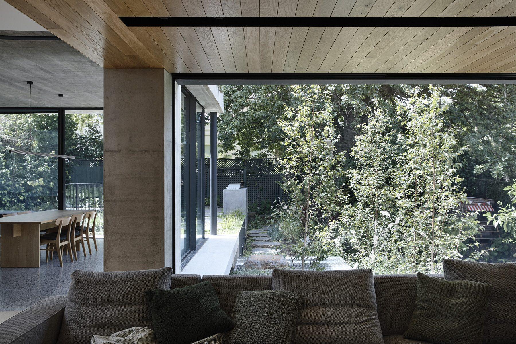 Taylor-Knights-Malvern-Garden-House-designalive-9