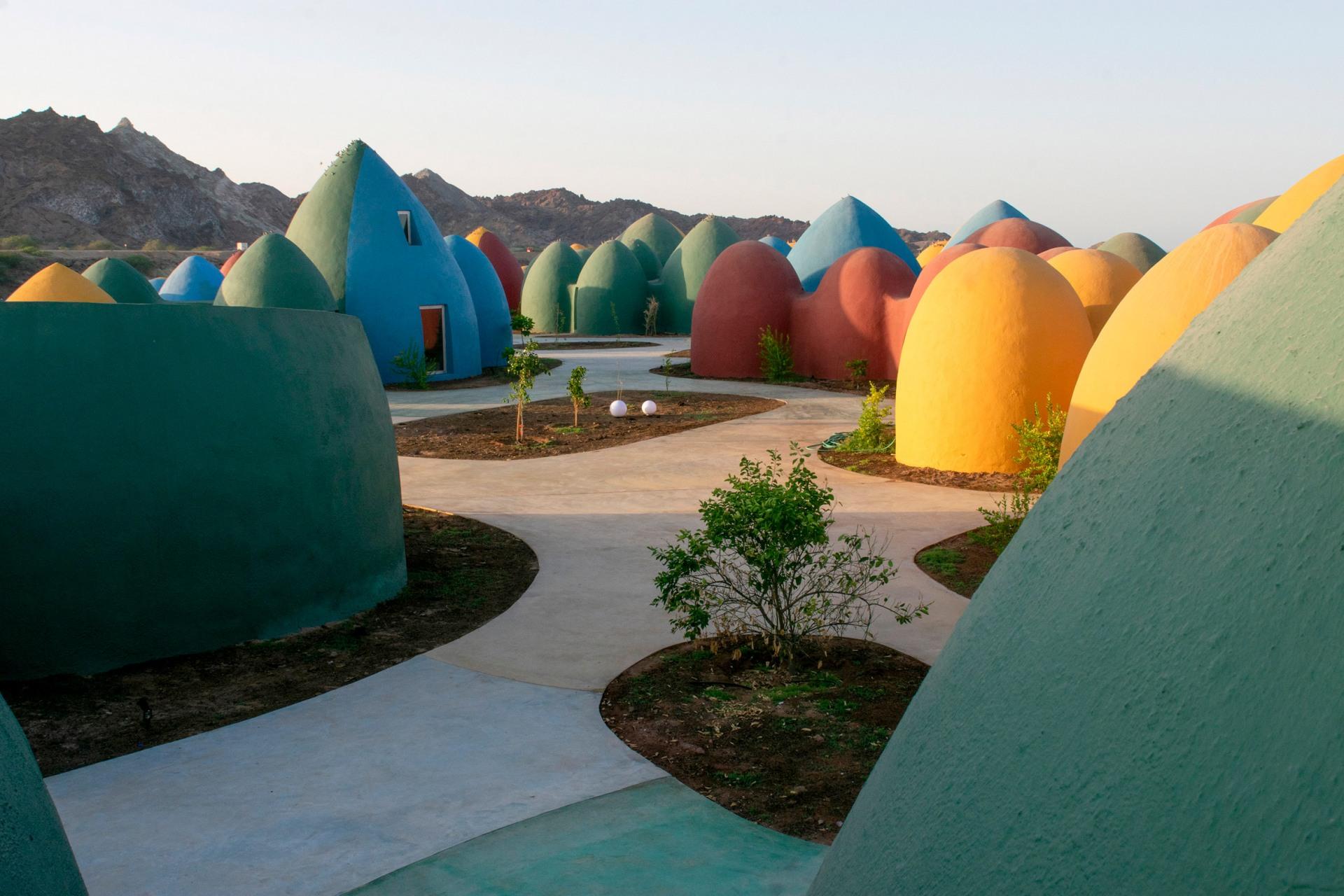 zav_architects_iran_hormuz_island_designalive-1