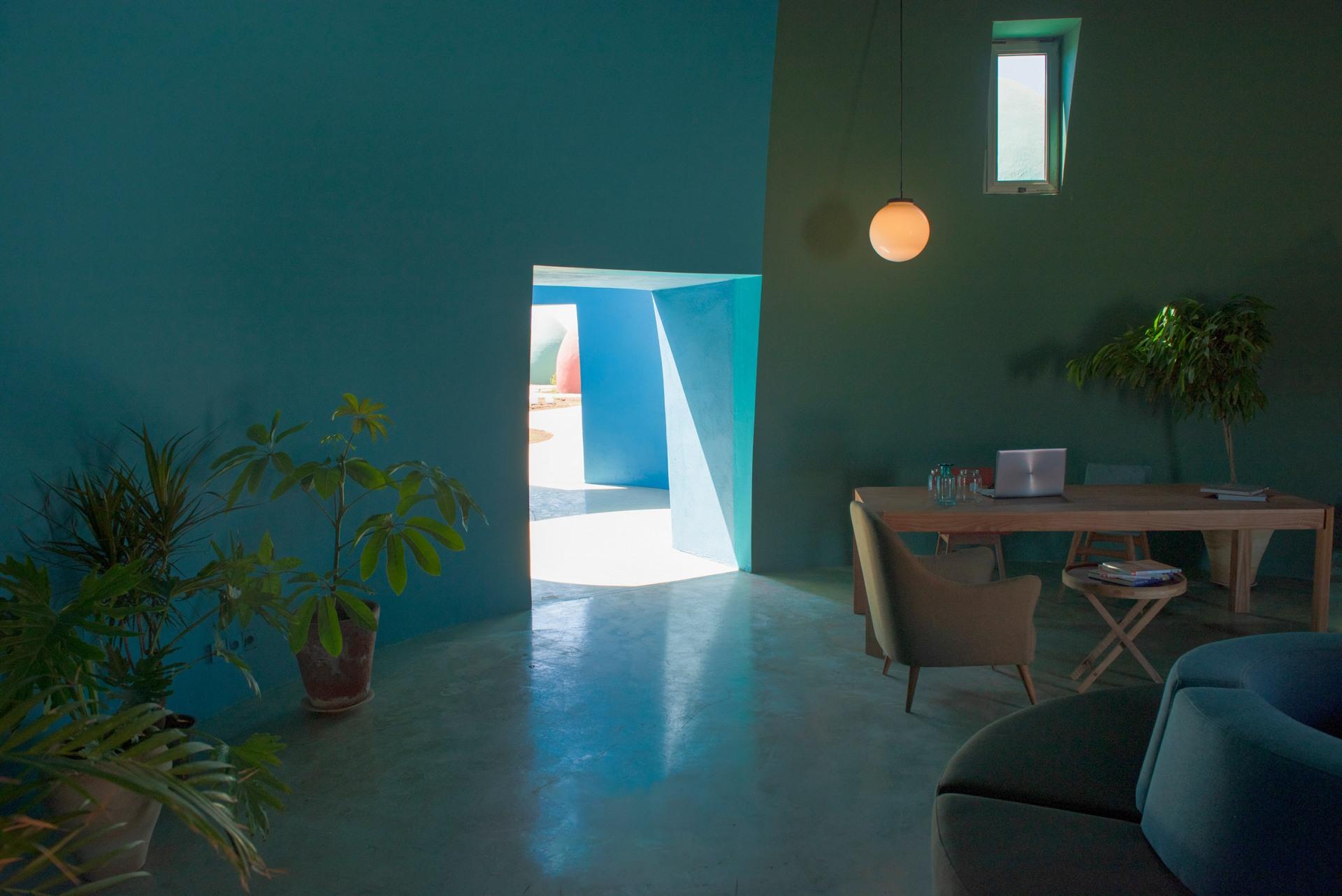 zav_architects_iran_hormuz_island_designalive-17
