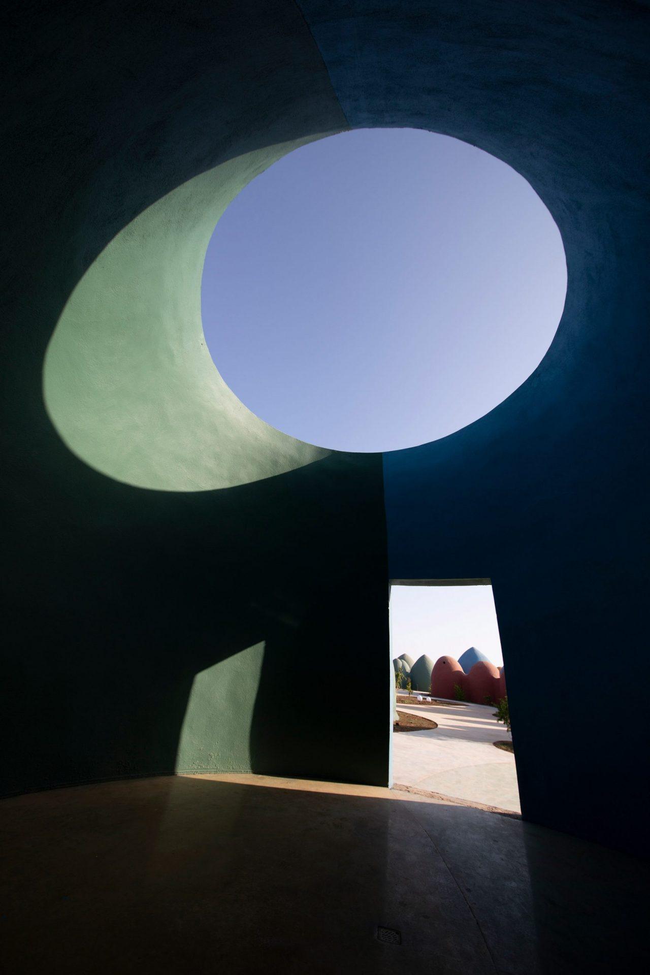zav_architects_iran_hormuz_island_designalive-19