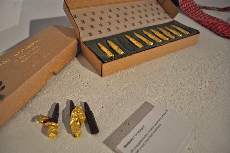 Naboje z... czekolady. fot. Wojciech Trzcionka