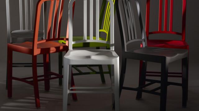 Krzesło ze 111 butelek coli