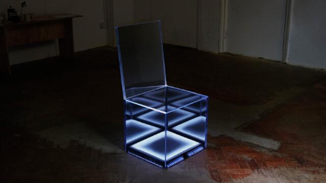 Krzesło które świeci