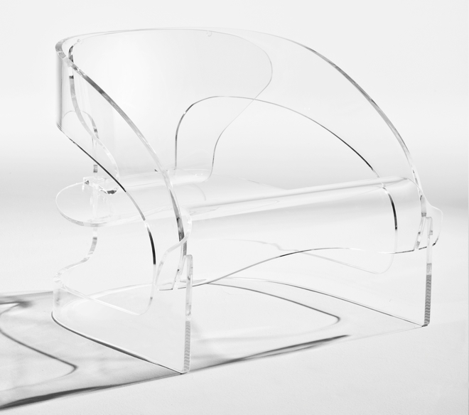 Kartell: Armchair 4801 powraca i to w plastikowym wydaniu