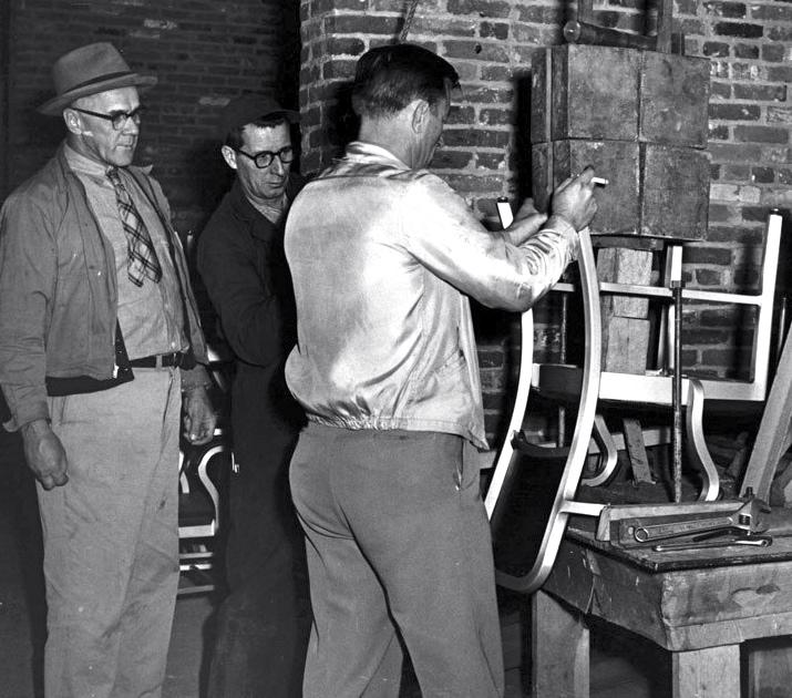 Legendarne krzesło zostało stworzone na potrzeby amerykańskiej marynarki wojennej w 1944 roku. fot. ARC