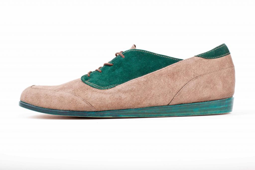 Buty nie powstałyby, gdyby nie wspólpraca z zakładem rzemieślniczym. fot. fot. Rajmund Nafalski