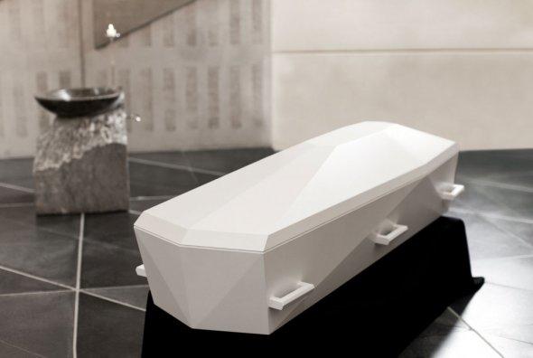 Z myślą o luksusowych pogrzebach ceniony projektant Timothy Jacob Jensen stworzył