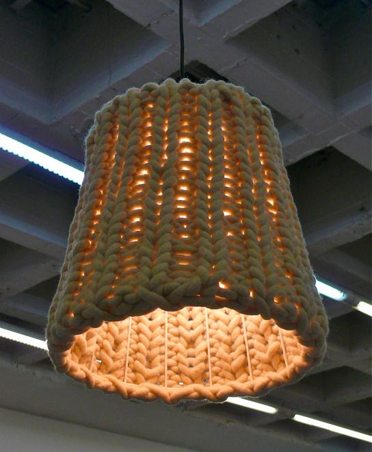 Lampa Granny zaprojektowana przez studio Pudelskern.