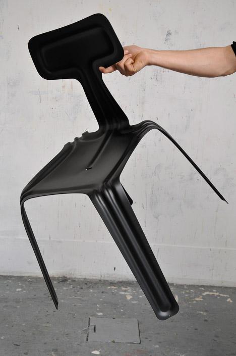 Pressed Chair stworzony przez Harry'ego Thalera.  fot. ARC