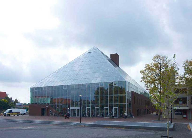 Mountain Book powstała w Spijkenisse, mieście w południowo-zachodniej Holandii. fot. Materiały prasowe