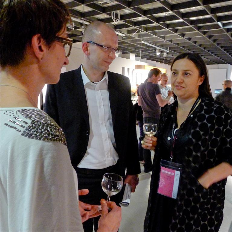 Od lewej: Ewa Trzcionka - redaktor naczelna