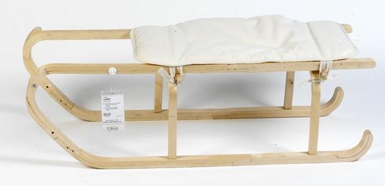 Sanki z kolekcji  Flat Pack Re-arranged, projekt Kieren Jones. fot. ARC